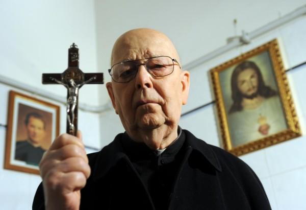 Padre-Amort-su-dimissioni-Papa