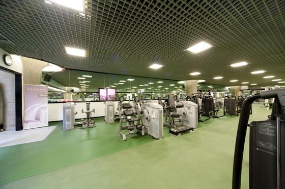 """Roman Sport Center, da palestra dei vip alla lotta """"popolare"""""""