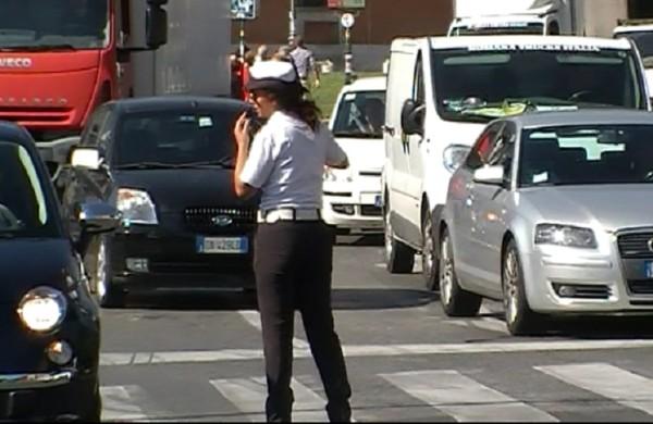 vigili-urbani-sciopero-bianco-21