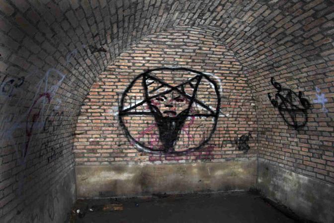Le sette sataniche a Villa Ada