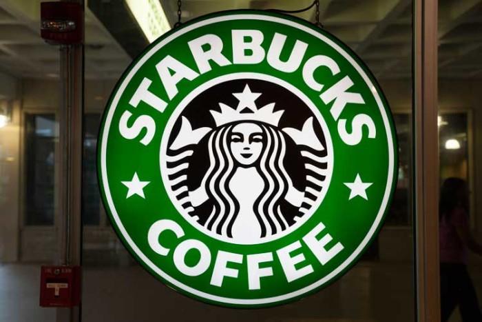 Apre starbucks a roma the roman post for Starbucks italie