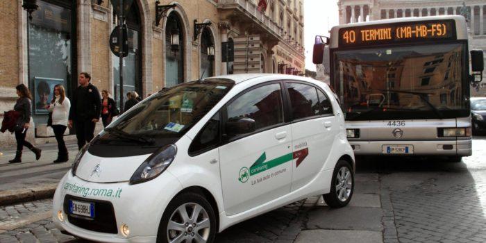 Car sharing, bus elettrici, tram e ticket per chi entra. I nuovi trasporti di Roma