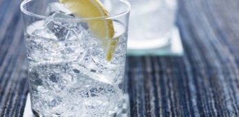 Chi beve Gin Tonic e' un potenziale sadico e narcisista psicopatico