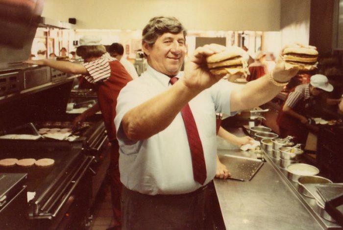 Morto il papa' del Big Mac, la storia dell'invenzione