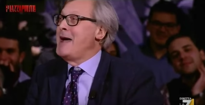 Sgarbi imita la Raggi (VIDEO)