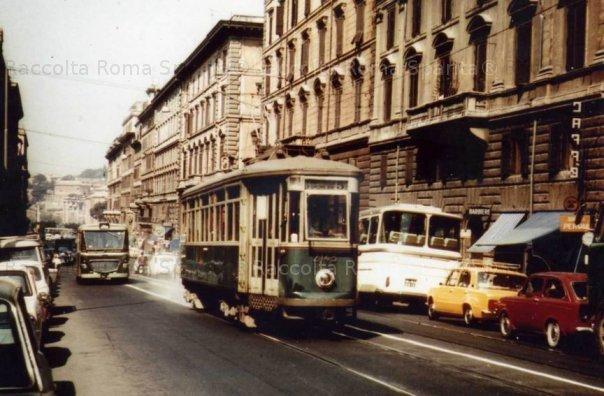 Torna lo storico tram di via Cavour