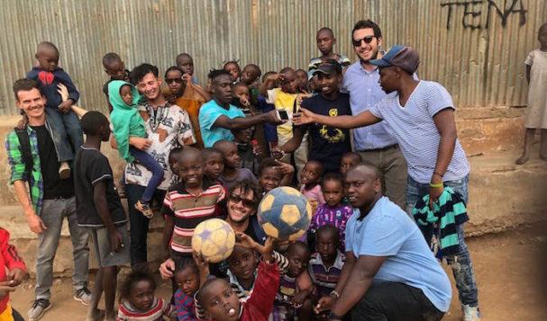Siamo a Nairobi a fare volontariato digitale