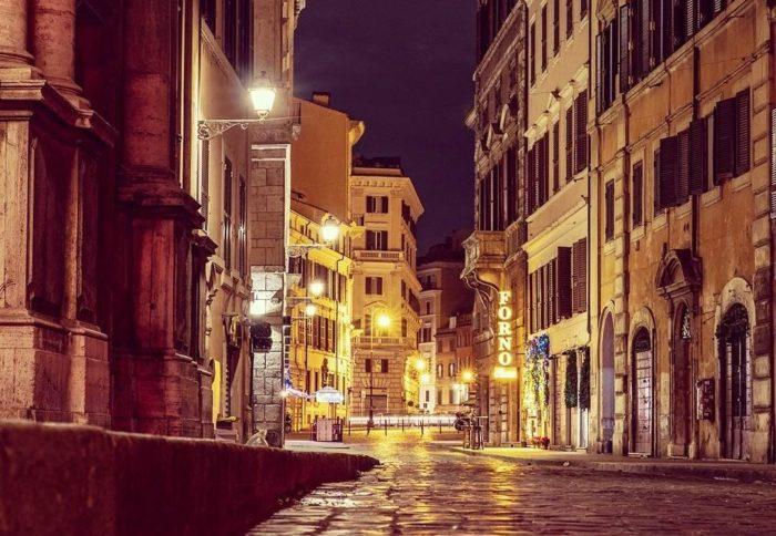 Ciao ciao led, tornano le lanterne romane