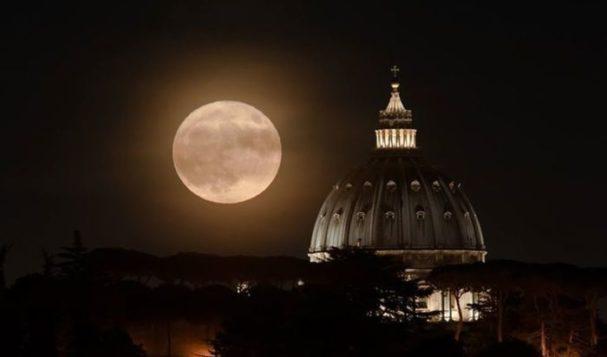 Stasera arriva la Superluna
